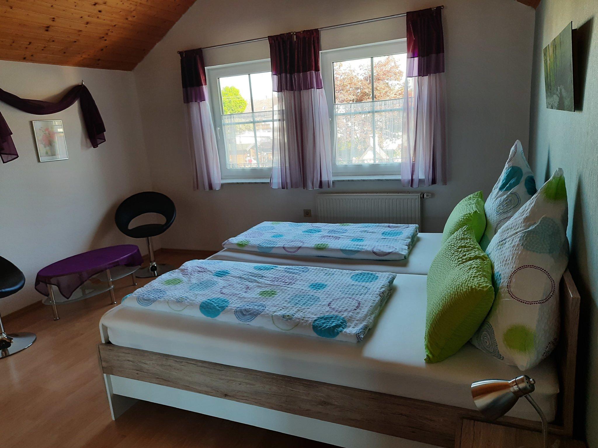 Doppelbetten im Schlafzimmer