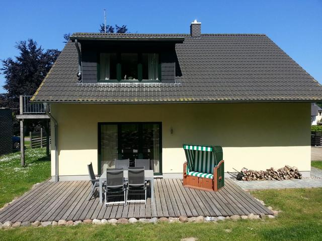 Haus Pappelwald, 02 Ferienwohnung mit Balkon