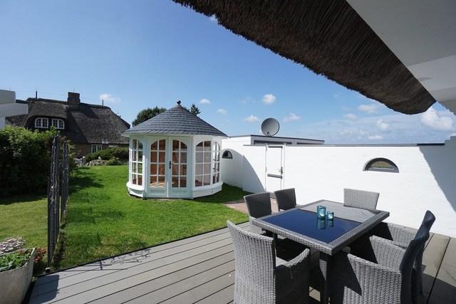 Stylisches Ferienhaus 'Starlight' unter Reet - REF
