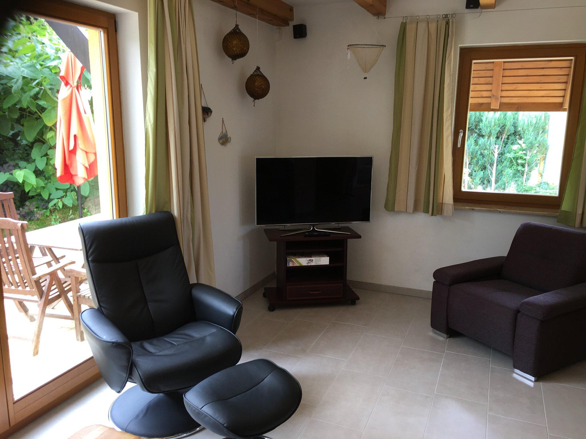 Schlafzimmer mit Doppel+Einzelbett