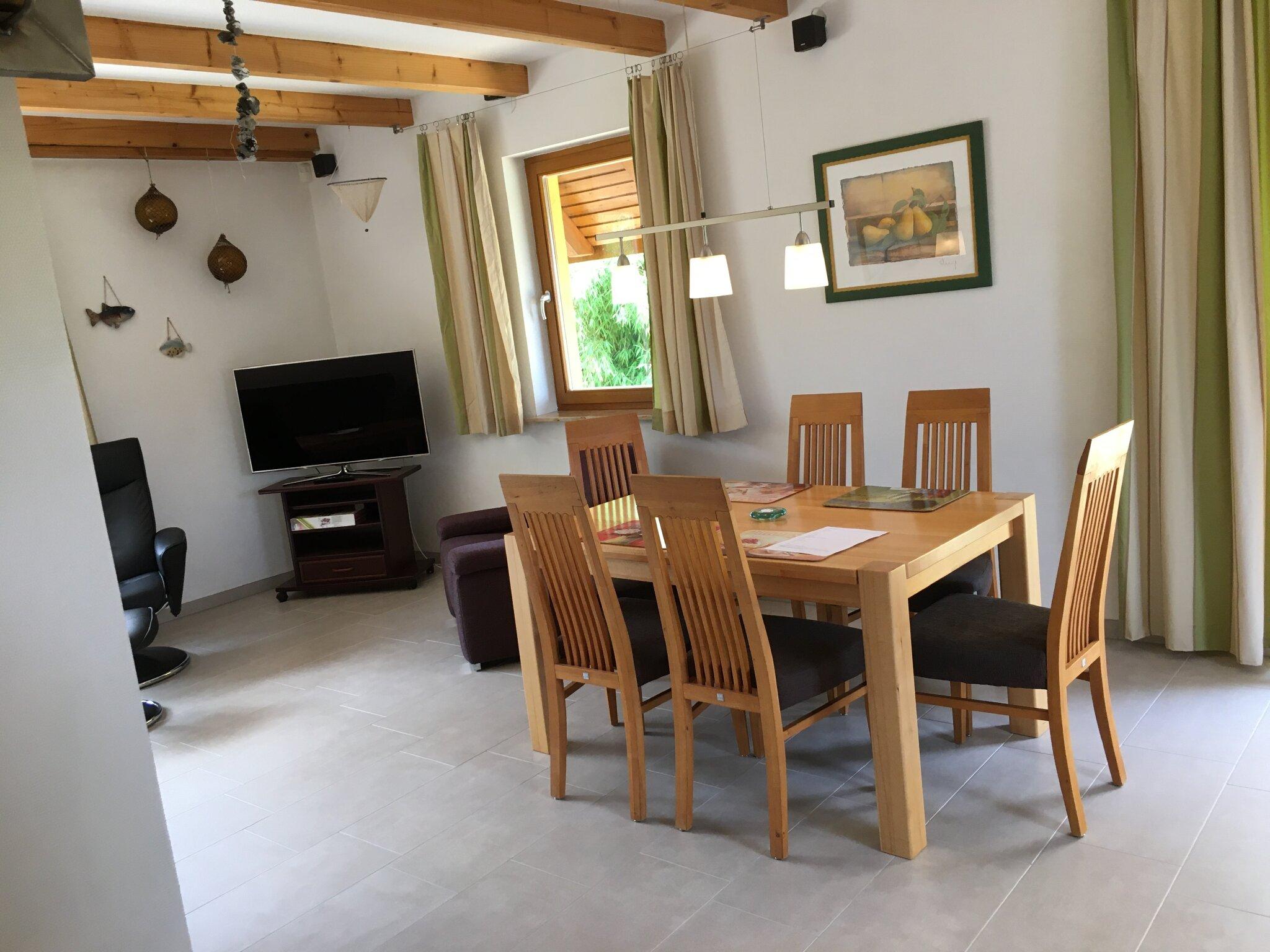 Schlafzimmer 2 mit drei Einzelbetten