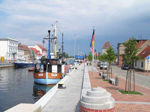 Der Stadthafen
