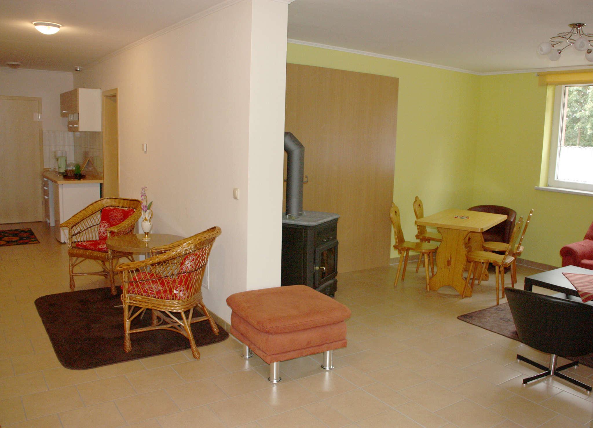 Küche & Wohn-Essbereich