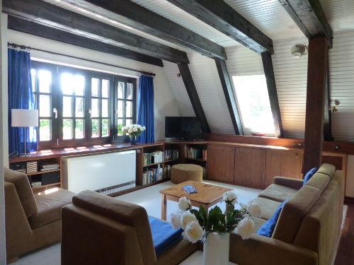 Hauptraum (großes Fenster nach Süden)