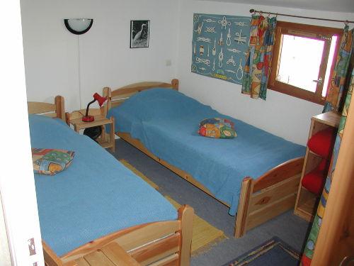 Zweites Schlafzimmer 2 Betten