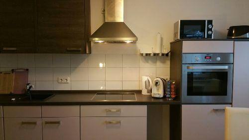 Küche für 4 Personen ausgestattet