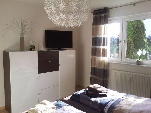 Schlafzimmer mit TV