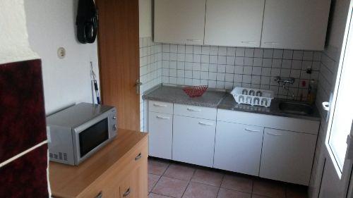 Raum Spülküche mit div. Extras