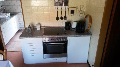 Küche, alles vorhanden
