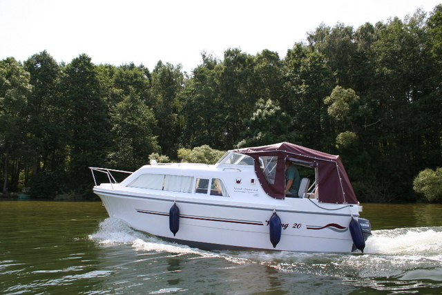 Hausboot-Charter (Demarczyk), Bootstyp 'Graugans'