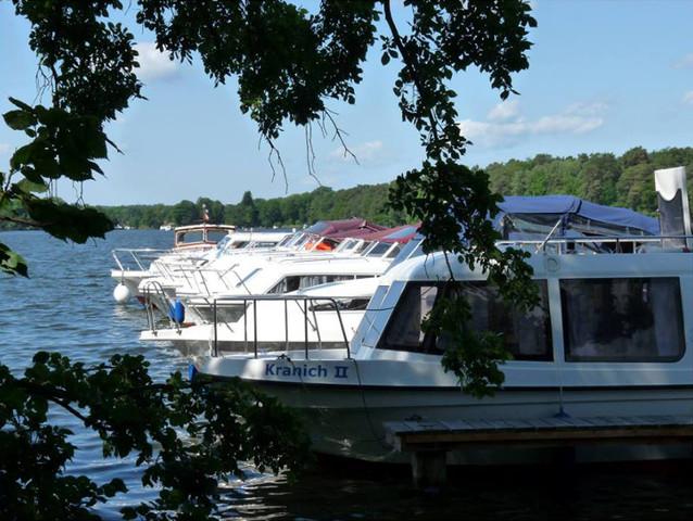 Hausboot-Charter (Demarczyk), Bootstyp 'Möwe'