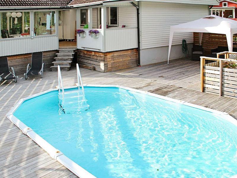 pool motala