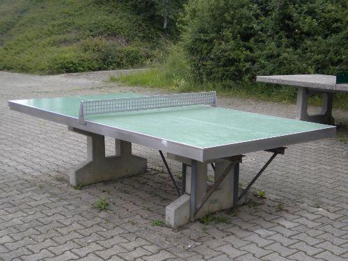 Die Tischtennisplatte
