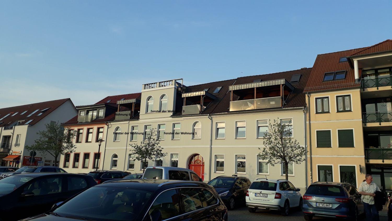 Der mittlere Balkon geh�rt zur Wohnung 3