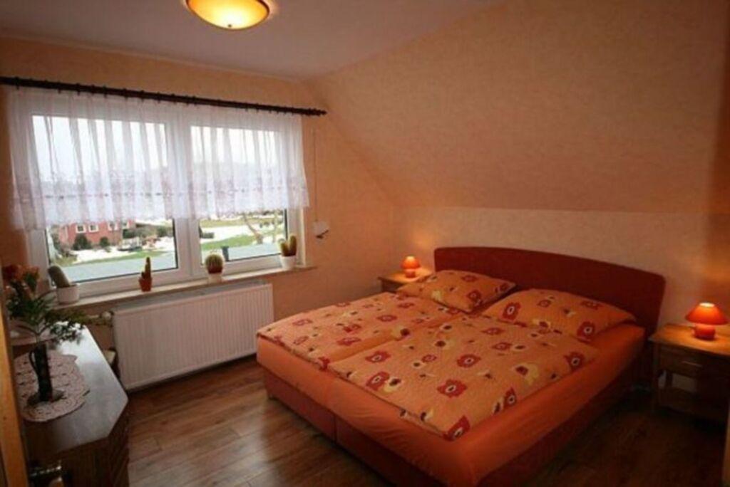 Ferienhaus Besch, Wohnung 02 mit Dachterrasse
