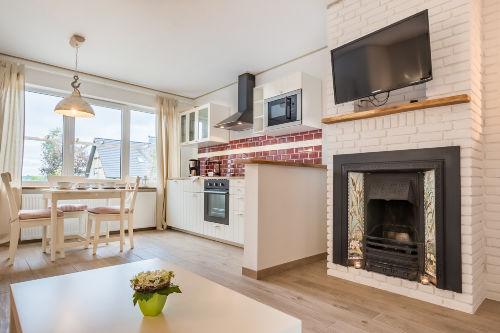 Blick auf Kamin/Küche