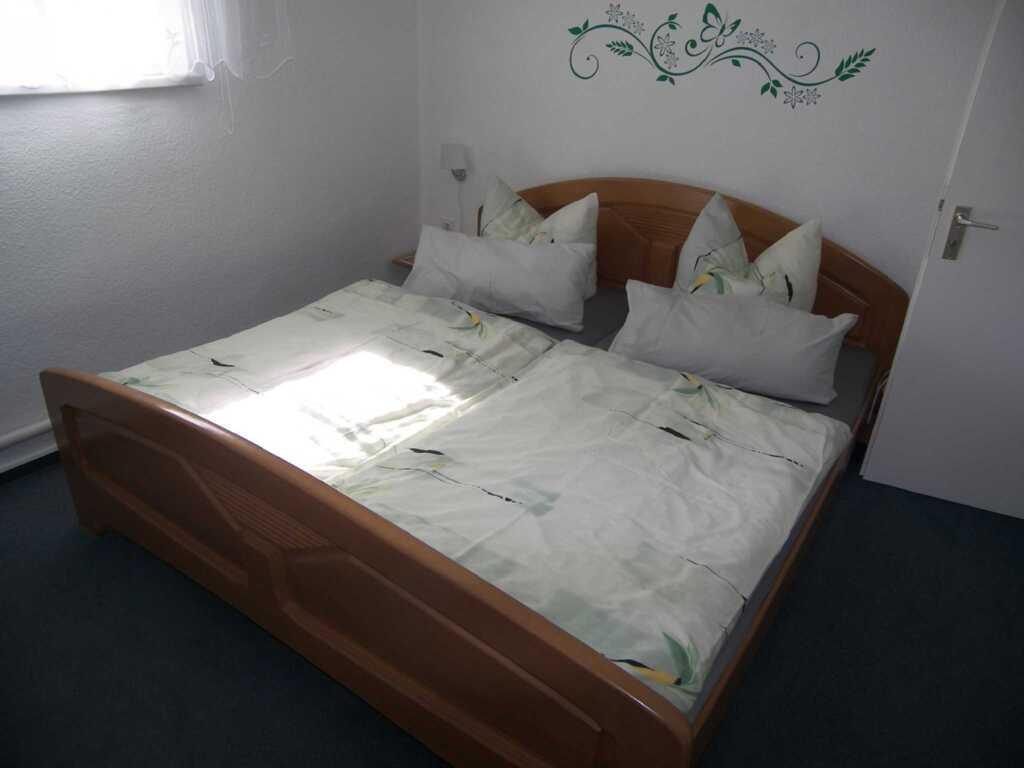 ferienwohnung zur kiefer 3 raum ferienwohnung in ahlbeck seebad mecklenburg vorpommern. Black Bedroom Furniture Sets. Home Design Ideas