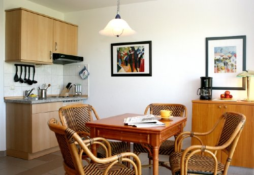 Küchenzeile voll ausgestattet