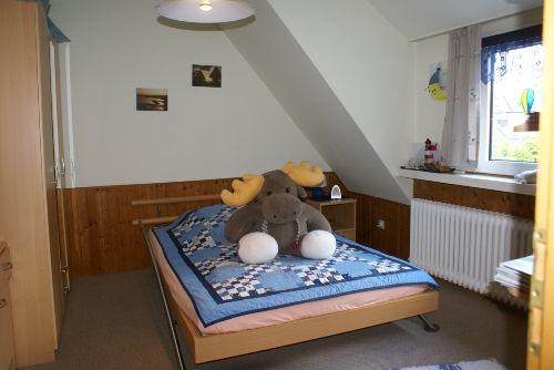 2. Schlafzimmer oder Kinderzimmer