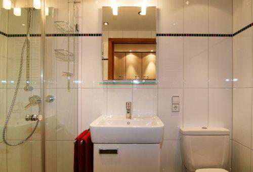 Badezimmer - mit Dusche und WC