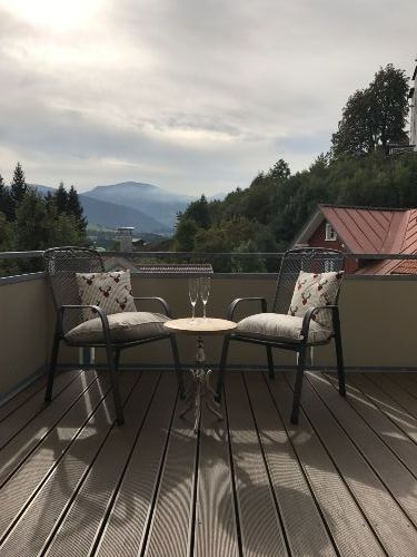 Balkon mit traumhaftem Bergblick