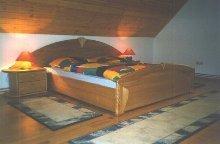 Schlafzimmer -1 OG