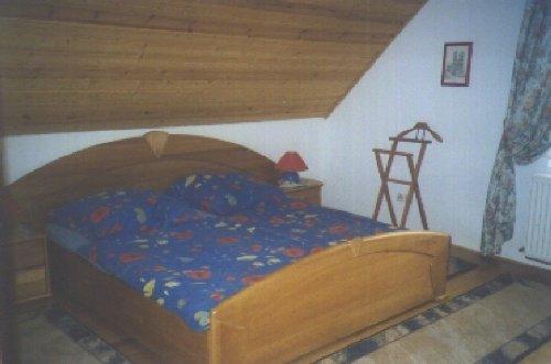 Schlafzimmer - 2 OG