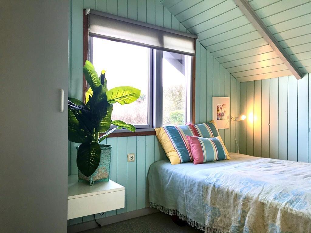 Schlafzimmer mit Einzelmatratzen 80x200