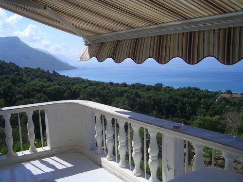 Balkonblick übers Meers