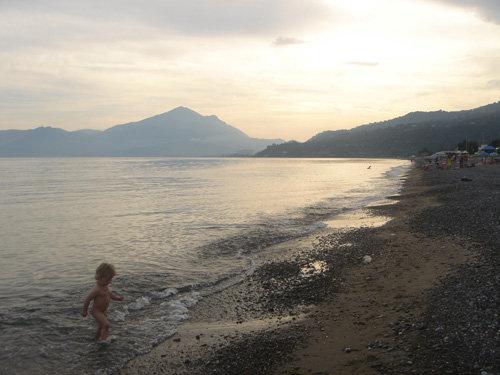 Sonnenuntergang am Strand von Villammare