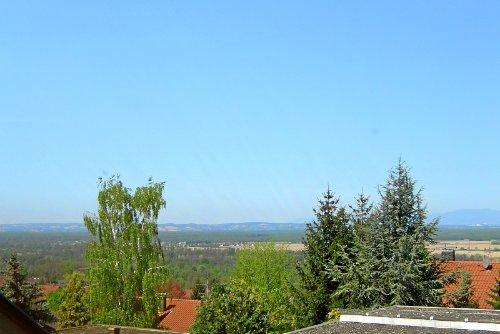 Aussicht vom Wohnzimmer und Terrasse