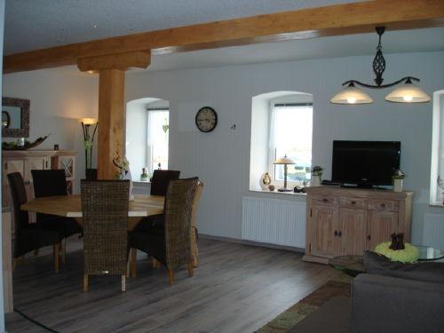 Wohn-/Essber. mit Küche im Ferienhaus