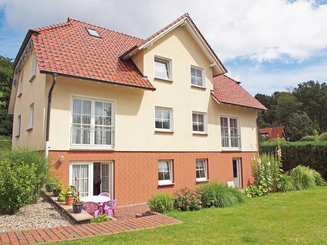 Ferienhaus volk ferienwohnung v5 in sellin ostseebad for Sellin ferienhaus