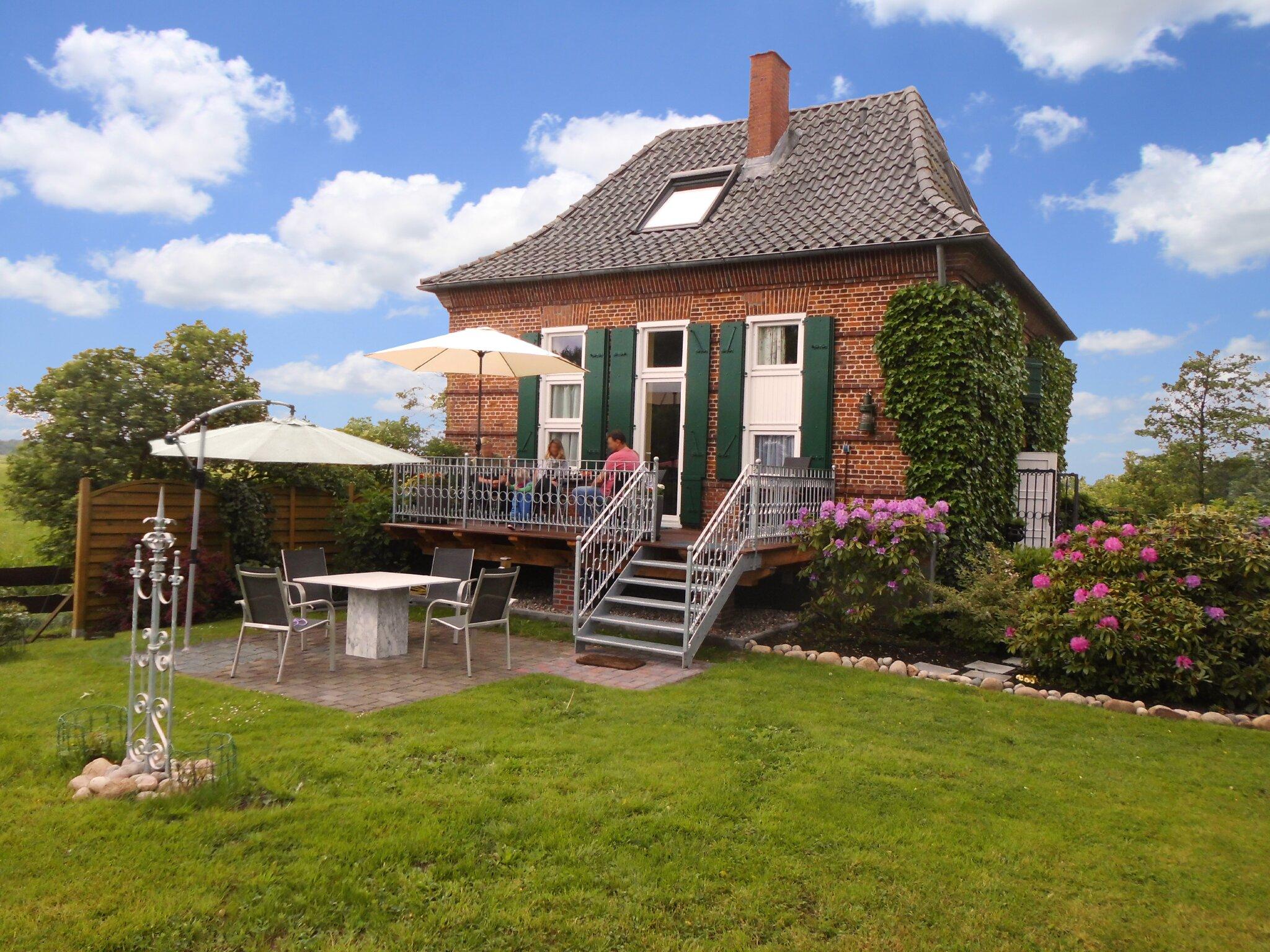 ferienhaus 39 pumpe an der eider 39 in dellstedt schleswig. Black Bedroom Furniture Sets. Home Design Ideas