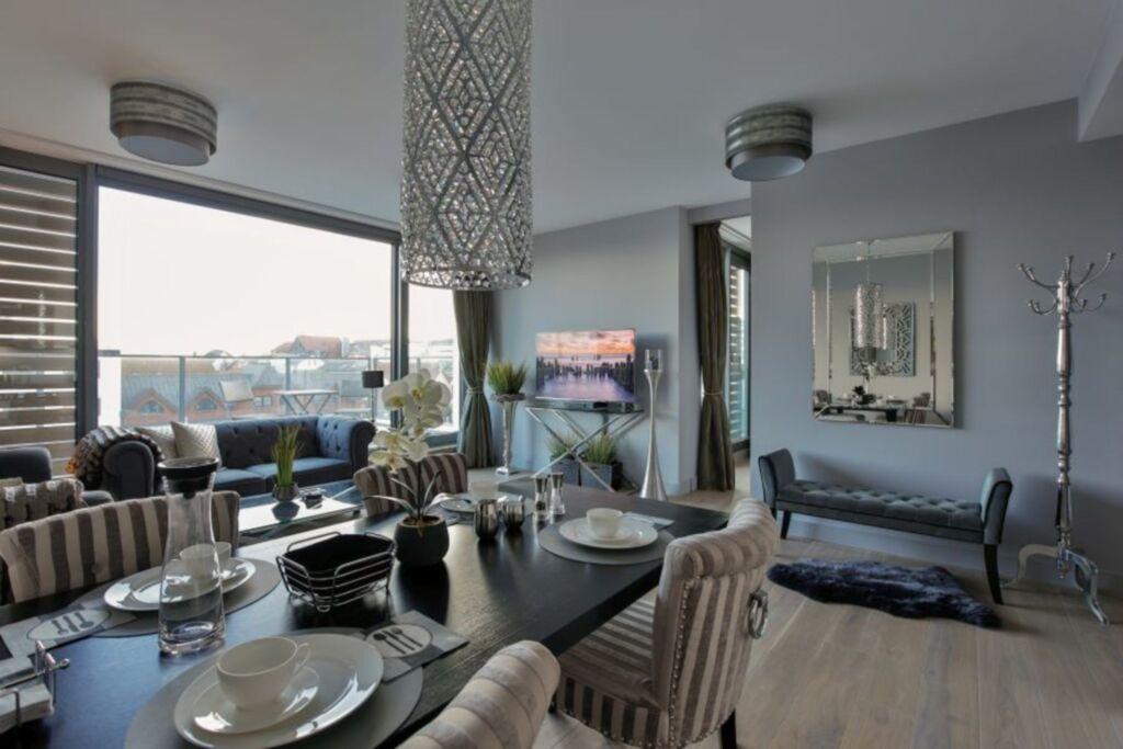 luxusnest neue mitte luxusnest in sylt westerland. Black Bedroom Furniture Sets. Home Design Ideas