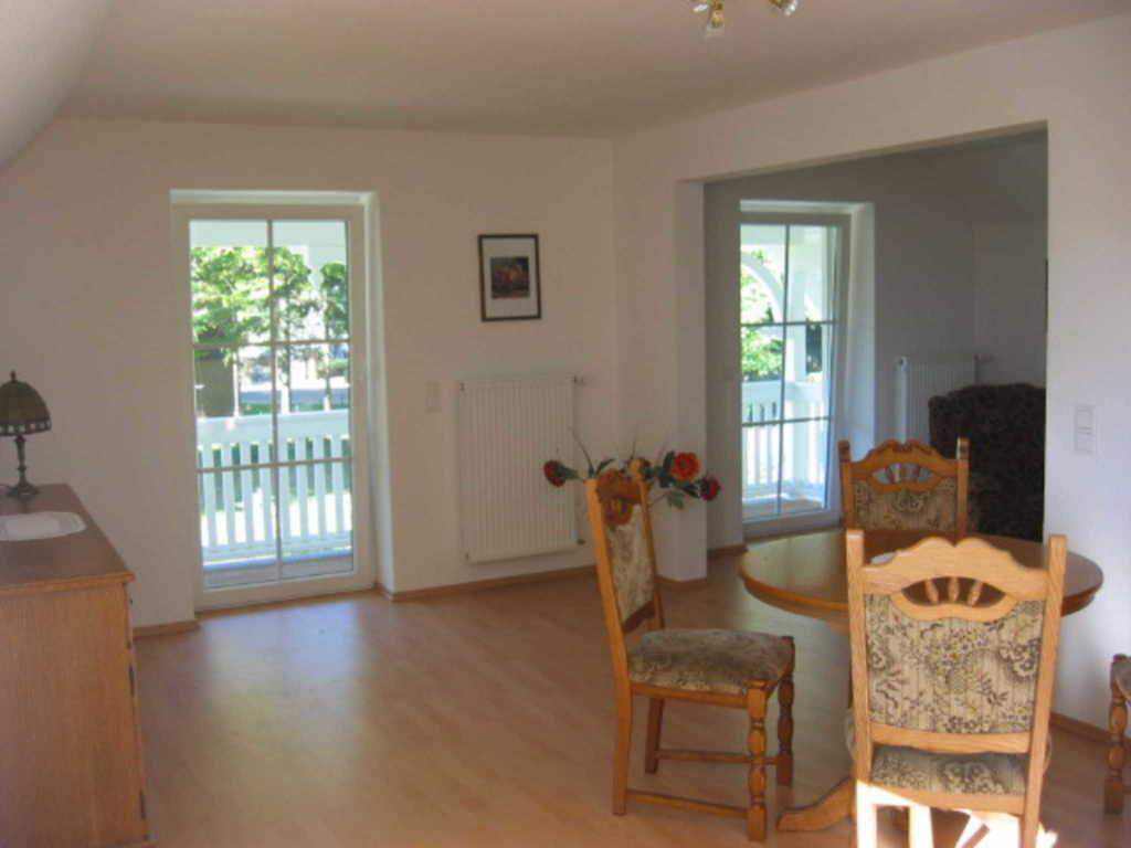 ferienappartements mit balkon oder terrasse. Black Bedroom Furniture Sets. Home Design Ideas