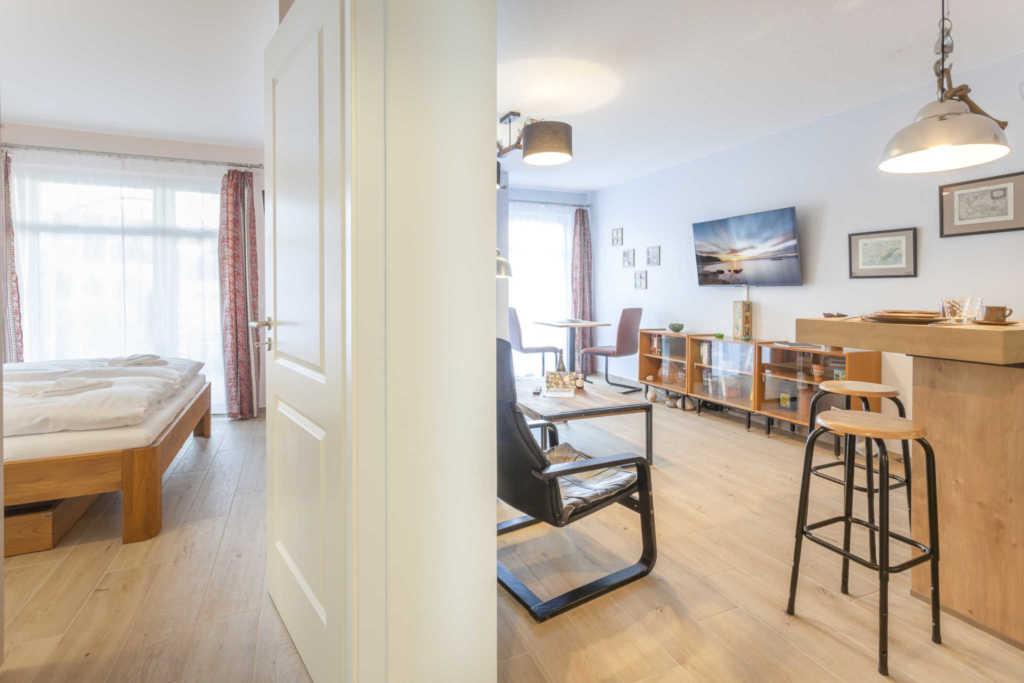 villa louisa fewos strandnah exklusiv appt 33 strandkorb 33 in sellin ostseebad. Black Bedroom Furniture Sets. Home Design Ideas