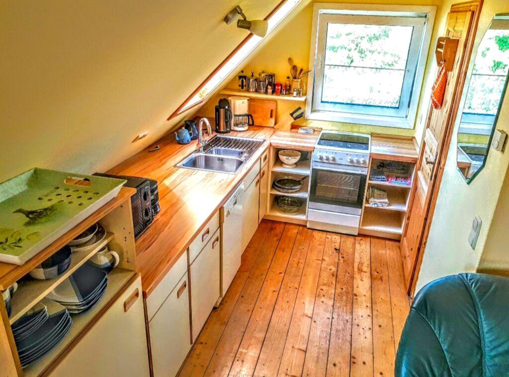 urlaub auf dem bauernhof ferienwohnung in kenz k strow ot. Black Bedroom Furniture Sets. Home Design Ideas