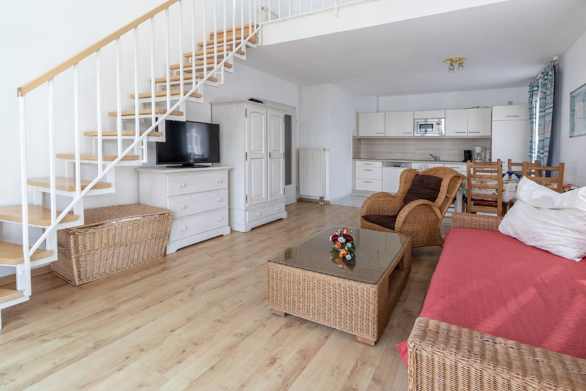 Wohnzimmer Typ 4, Blick zur Küche