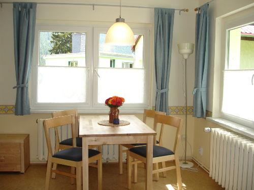 Blick in das Ferienhaus - Wohnküche