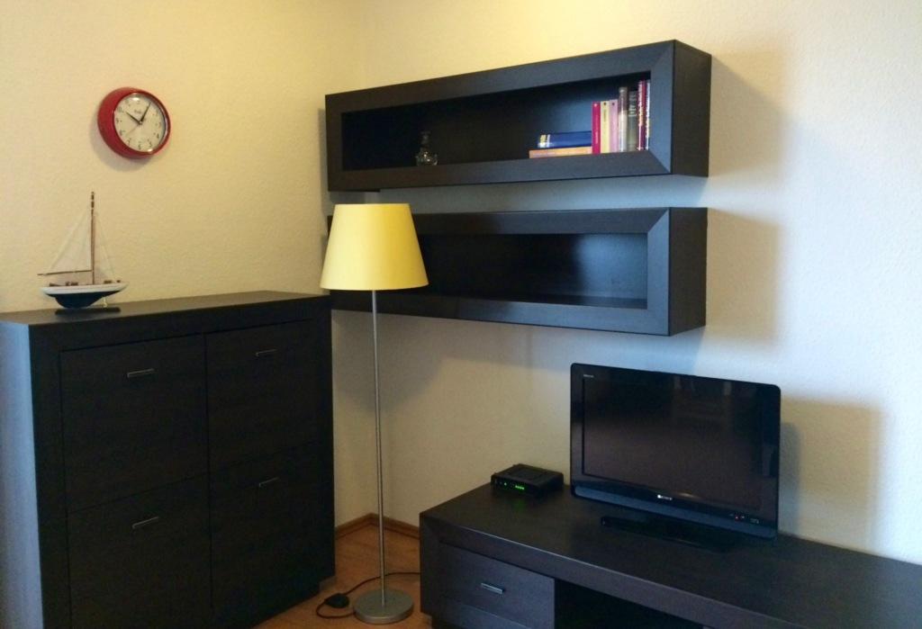 sch ne ferienwohnung an der ostsee mit blick auf yachthafen ferienwohnung in lagunenstadt in. Black Bedroom Furniture Sets. Home Design Ideas