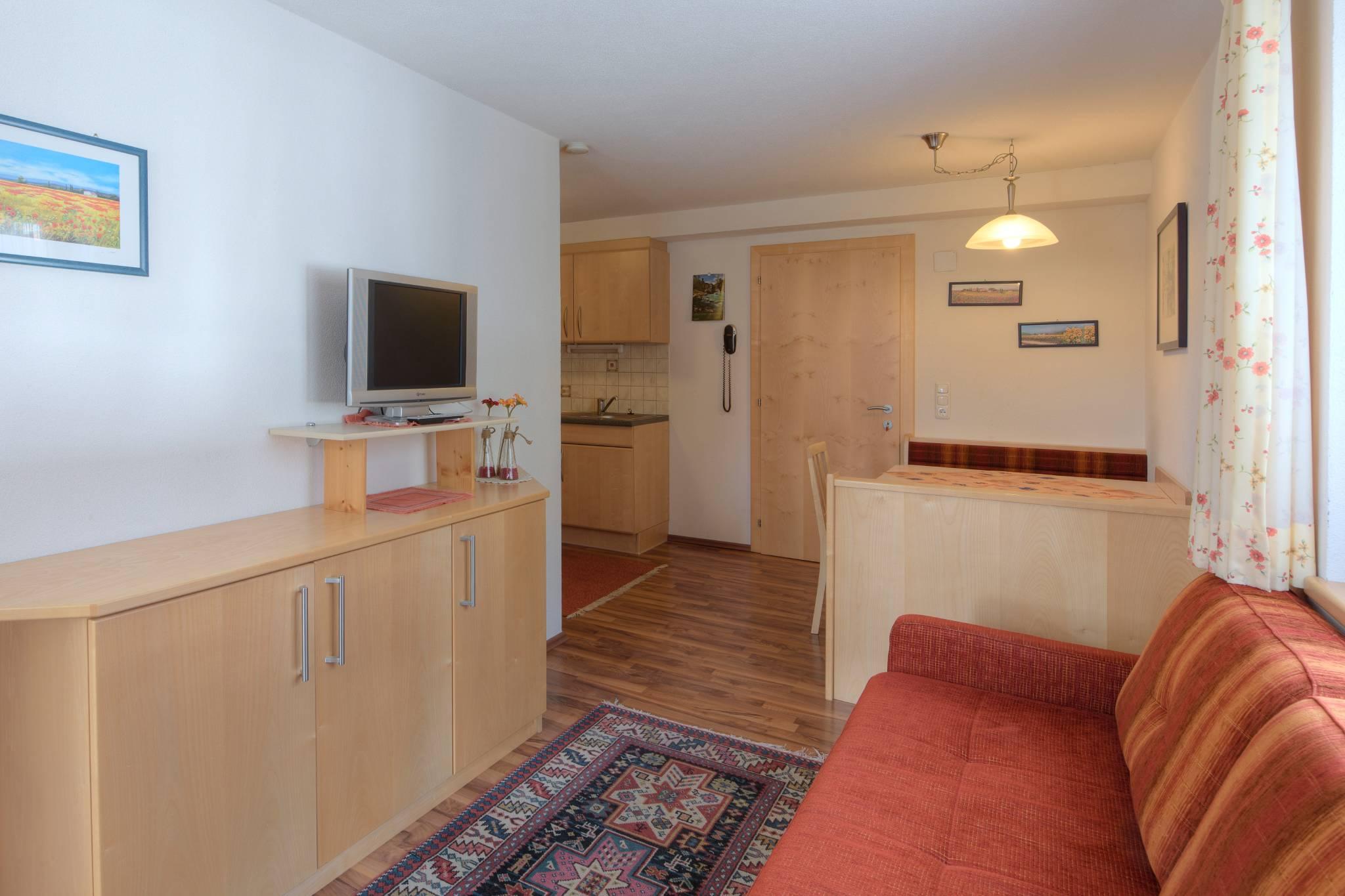 Wohnzimmer App.3