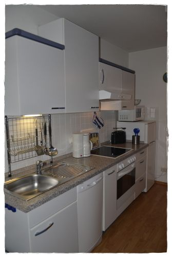Einbauküche mit allem Komfort !