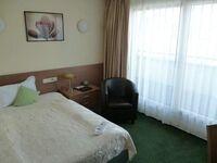 Hotel JFM, Einzelzimmer mit WC und Dusche in Lörrach - kleines Detailbild