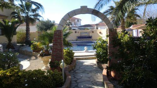 Pool und Garten Bereich