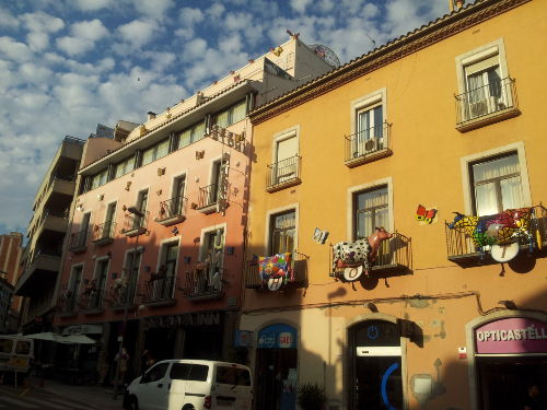 Interessante H�userfront in Figueres