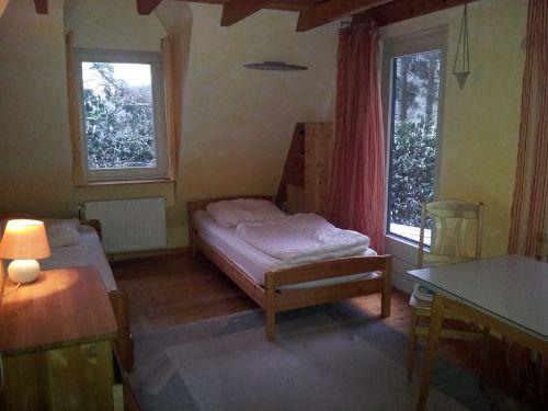 Schlafzimmer mit Einzelbetten 90x200