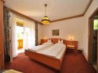 Frühstückspension Haus Golker, Dreibettzimmer mit Balkon, Dusche-WC im Zimmer, SAT-TV in Seeboden - kleines Detailbild