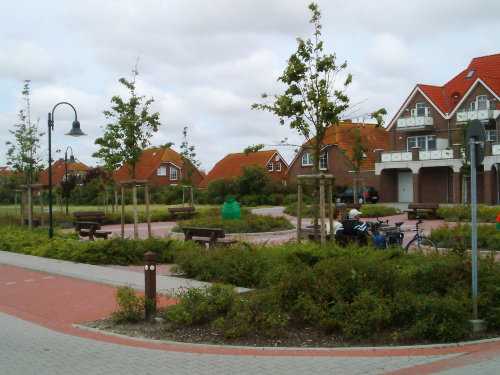 Am Neßmersieler Dorfplatz