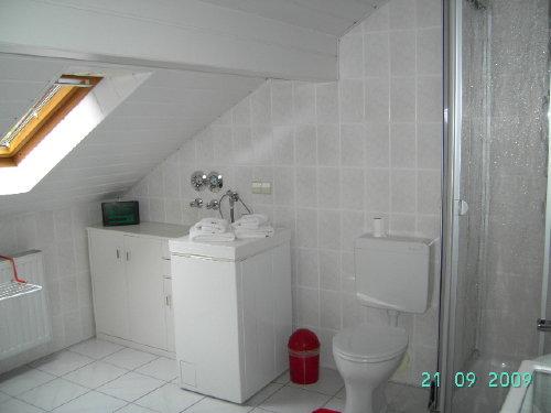 links wanne, rechts waschtisch,dusche,wc